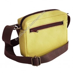 Sacoche jaune avec bandoulière